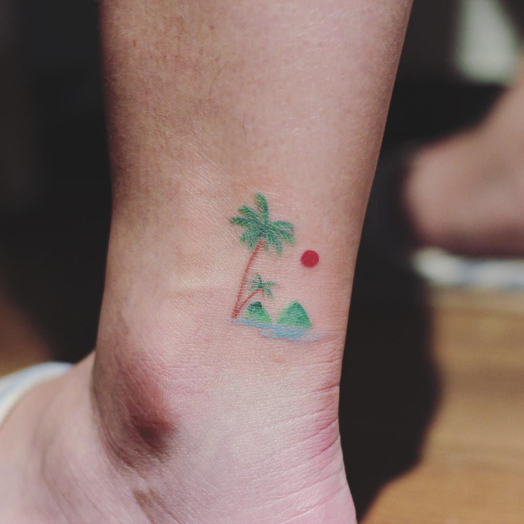 Little Ocean With Palm Tree