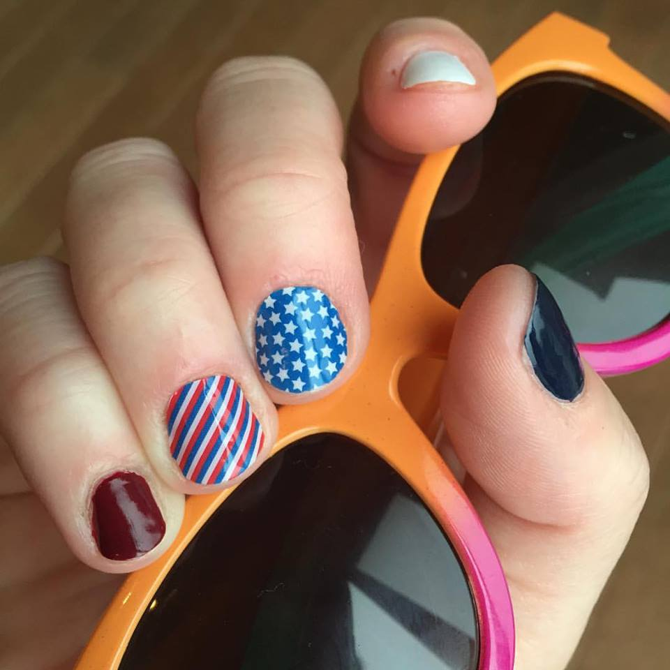 Lovely Memorial Day Nails
