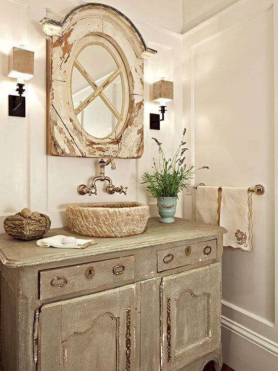 Lovely Mirror And Vanity