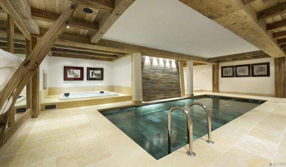 Modern Rustic Jacuzzi Bathroom With Indoor Pool