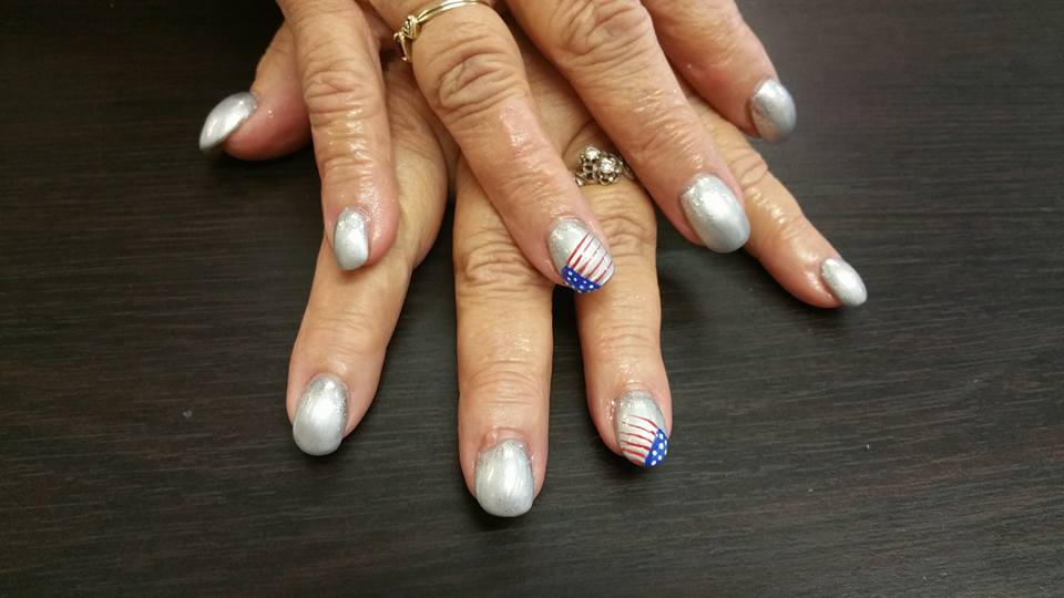 Patriotic Day Acrylic Nails