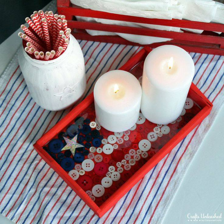 Patriotic Tray Decor Using Buttons
