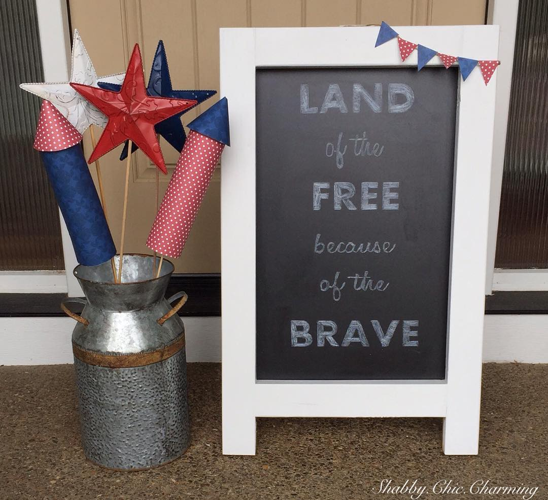 Shabby Chic Memorial Day Decor