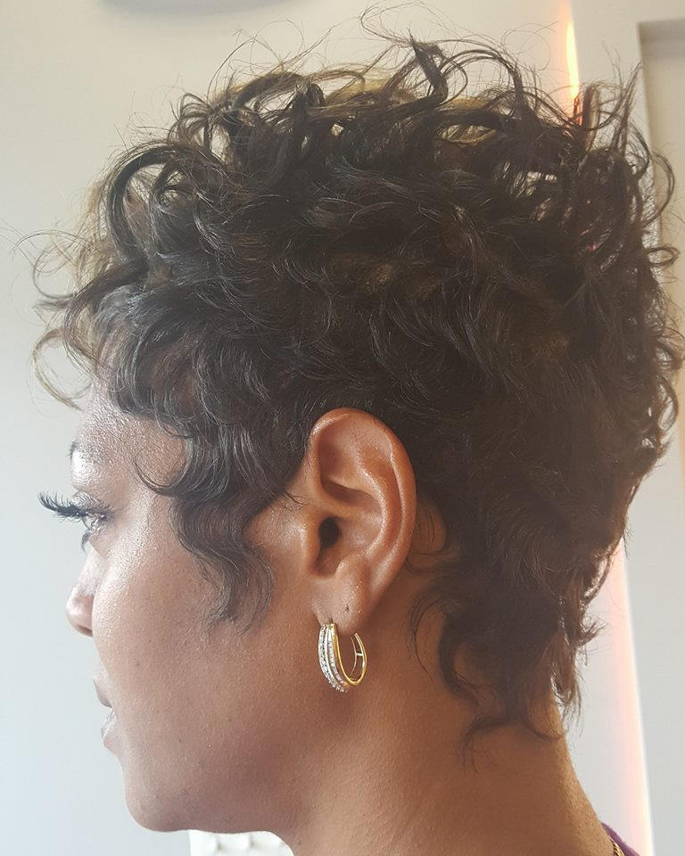Short Curly Hairs With Bangs