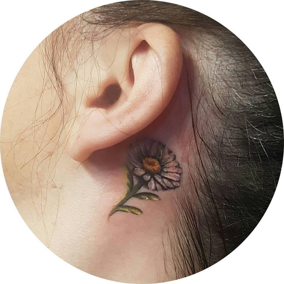 Tiny Daisy Inked Behind The Ear