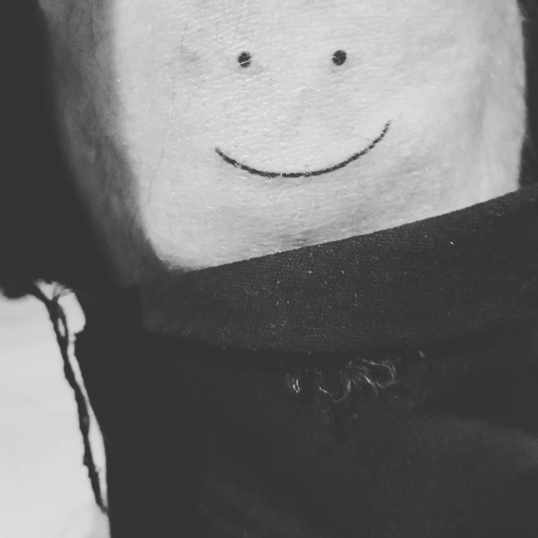 A Smiley On The Knee For Somebody Special