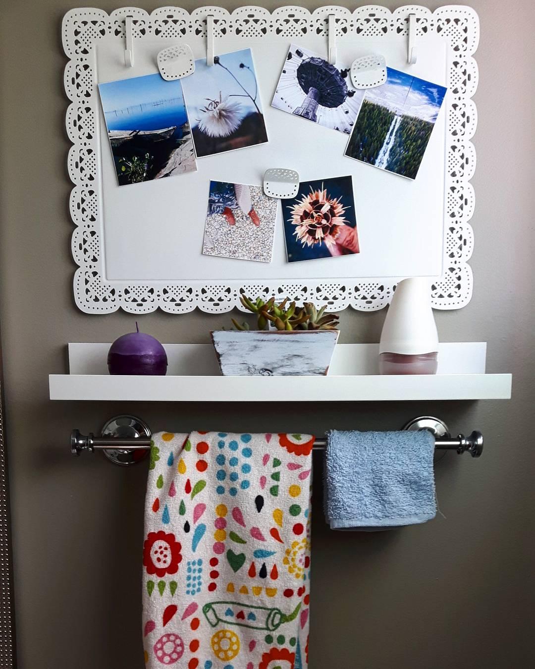 Adorable DIY Powder Room Decor Idea
