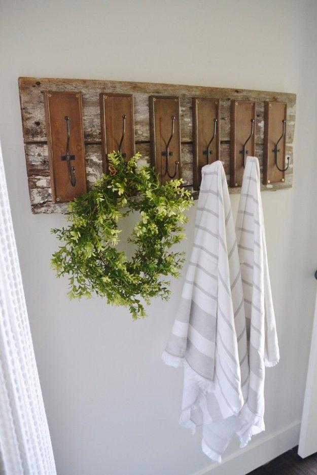 Attractive DIY Towel Hoke