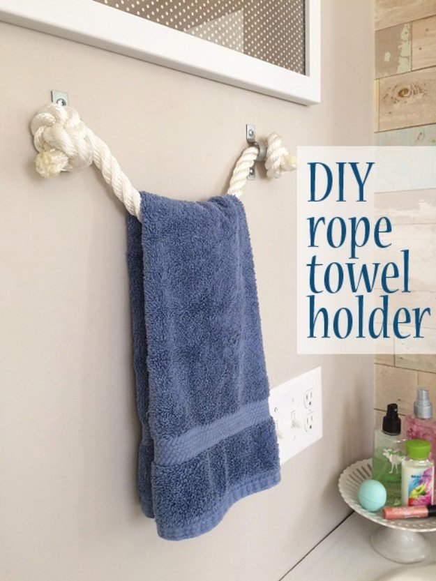 Clever DIY Rope Towel Holder