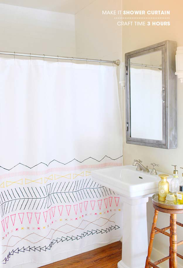 DIY Shower Curtain, Simple Mirror And Old Stool Used As Storage