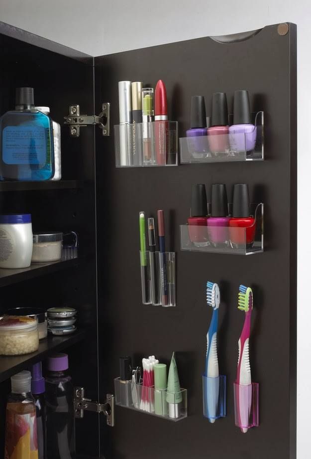 DIY Storage Space In Cabinet By Attaching Small Storage Container On The Back On Cabinet Door