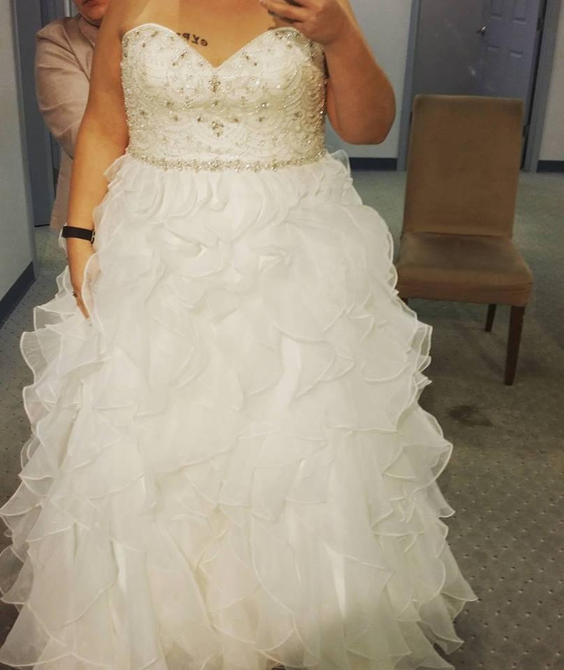 Flawless Open Neckline Wedding Dress