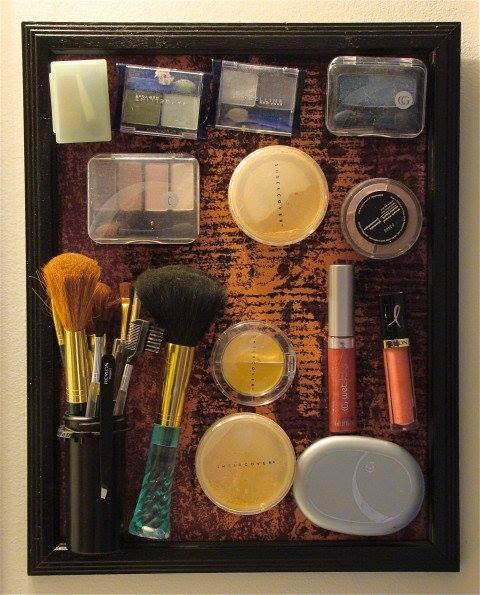 Glamorous DIY Makeup Organizer