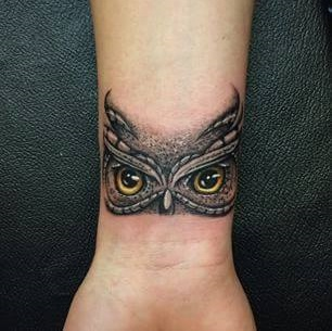 50 inspirational owl tattoo ideas that are unique for Small eye tattoo