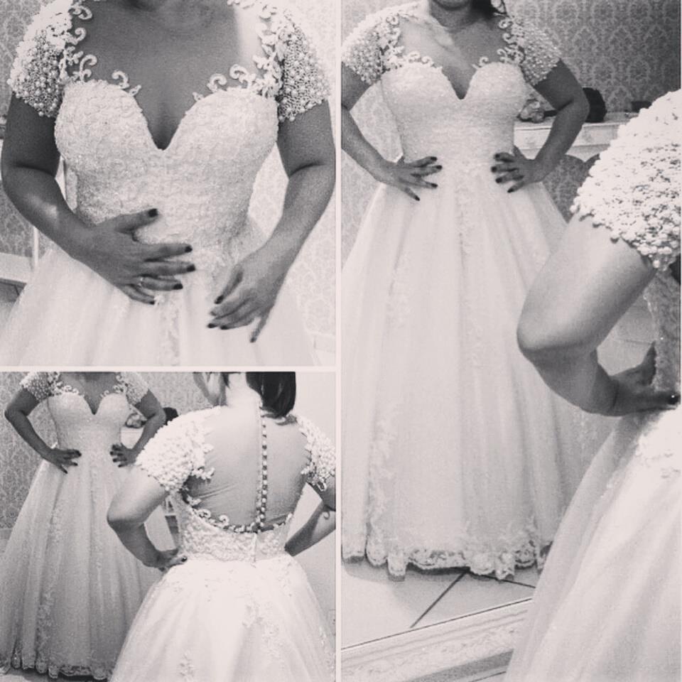 Pretty Half Sleeve Wedding Dress