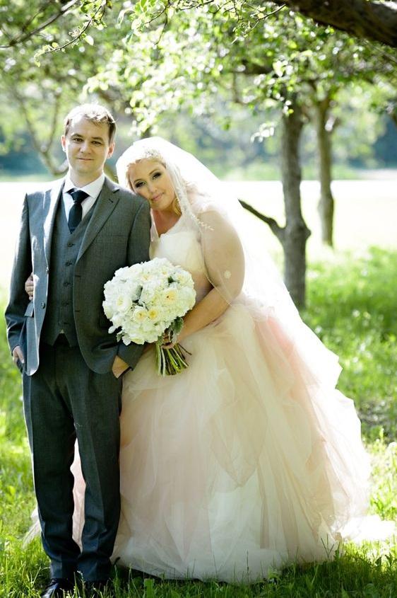 Romantic Bride In Fabulous Wedding Gown