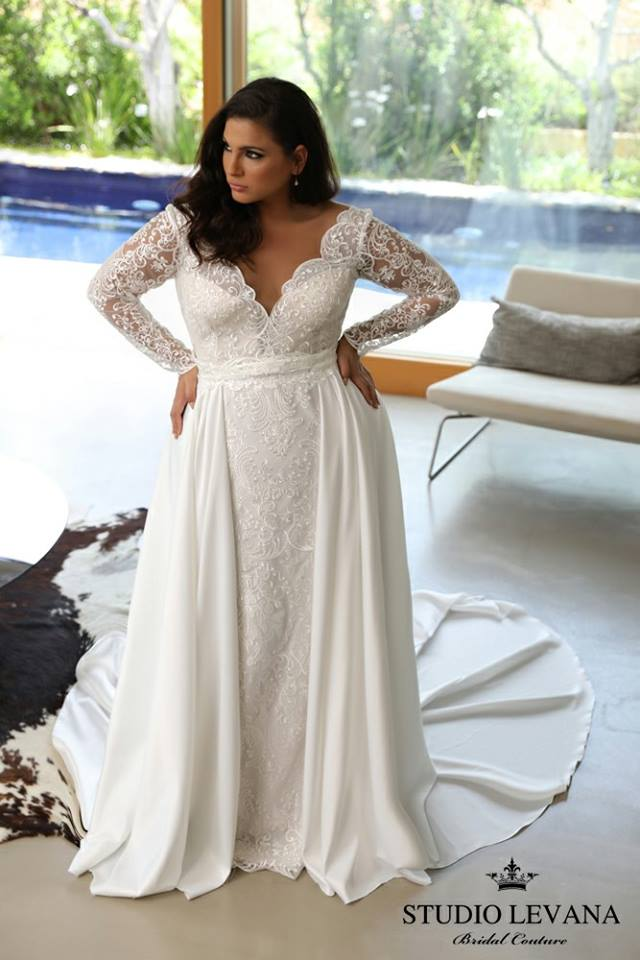 Sassy Wedding Gown For Plus Size Bride
