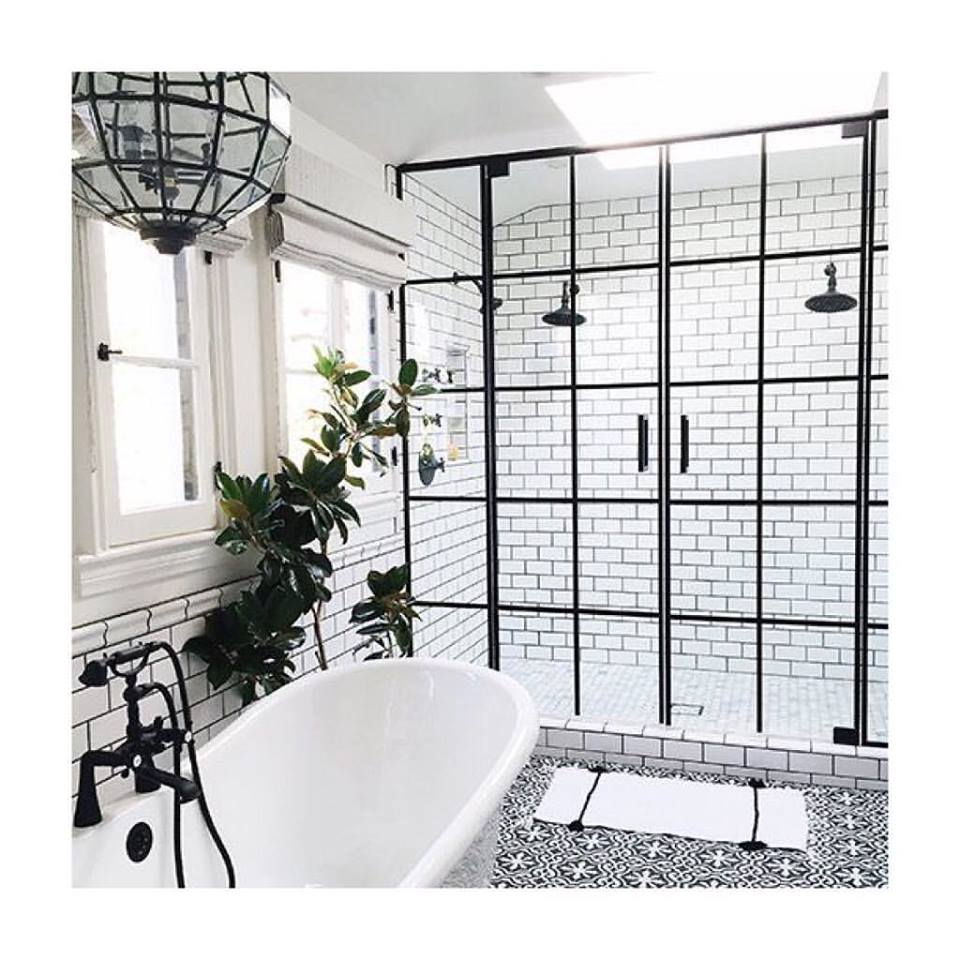 Adorable White Bathtub & Tiles, Black Tapware, Aluminium Gate & Chandelier and Black & White Stunning Flooring
