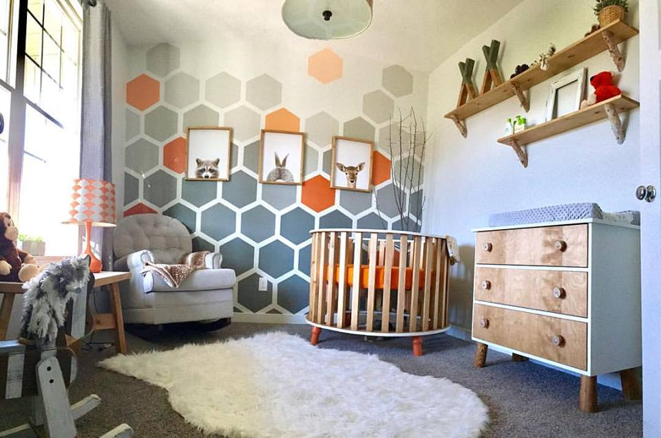 Woodland Theme Nursery With Round Crib