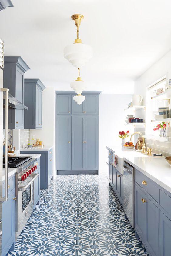 Alluring Grey Theme Art Deco Style Kitchen