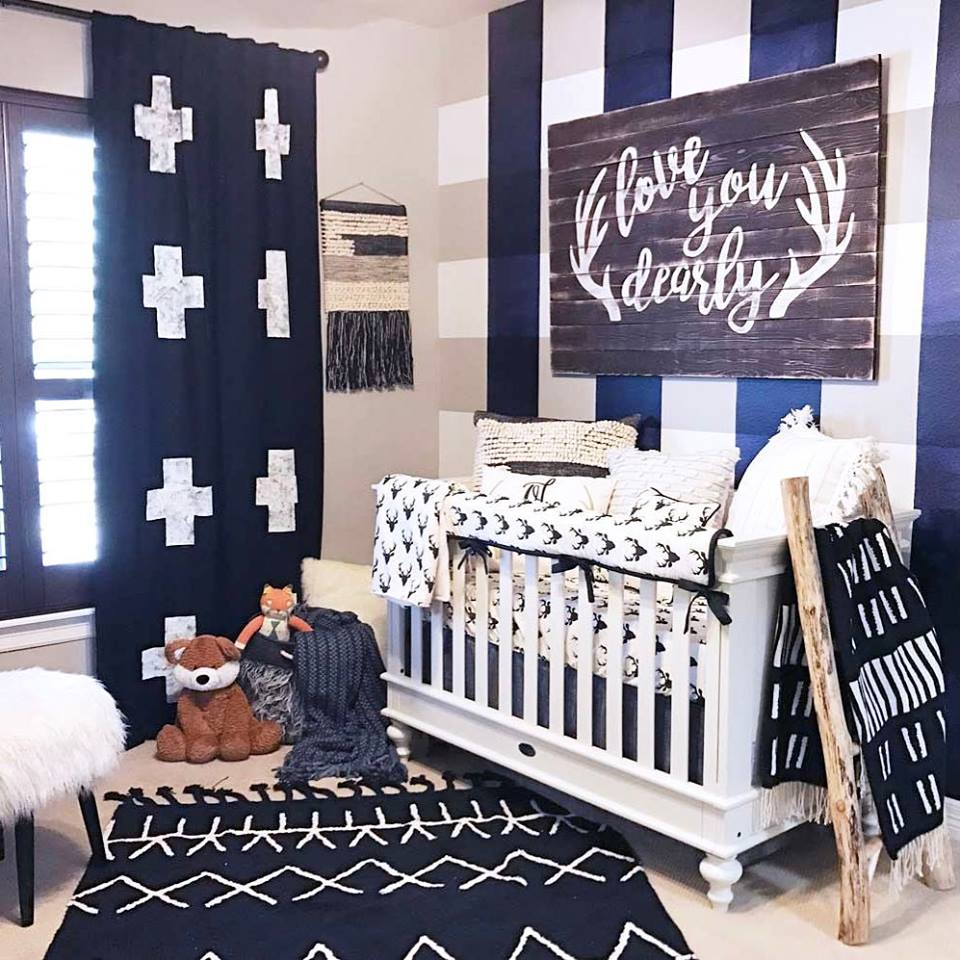 Awesome Navy Blue White Theme Decor With Quote On Wooden Board