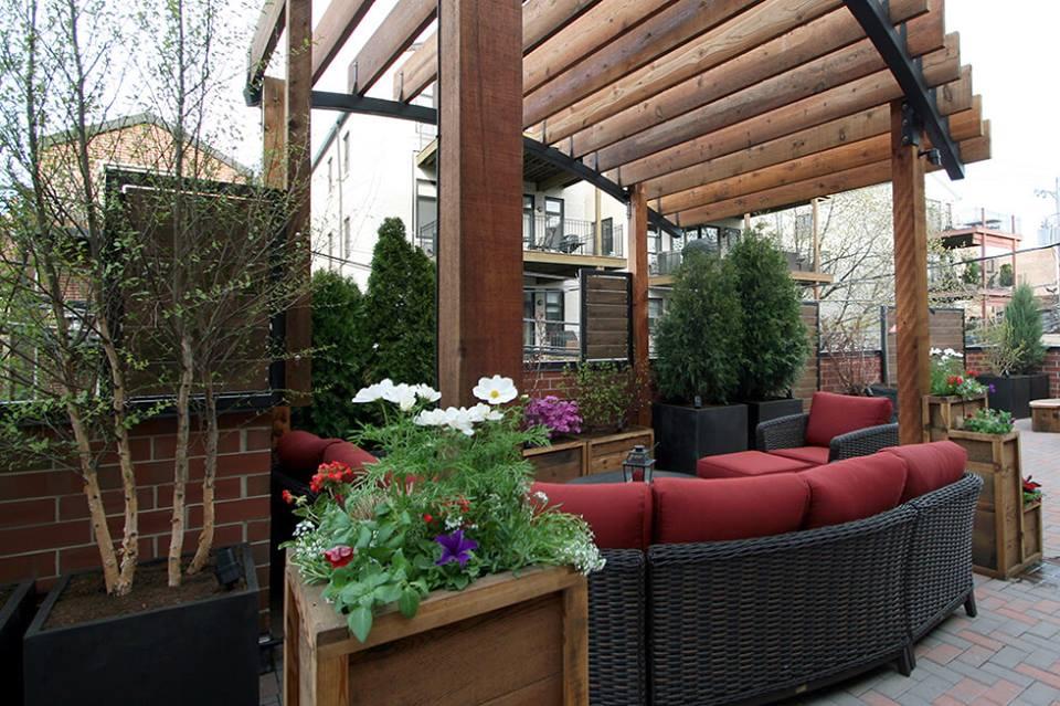 40 Lush Yet Well Trimmed Terrace Garden Ideas For A