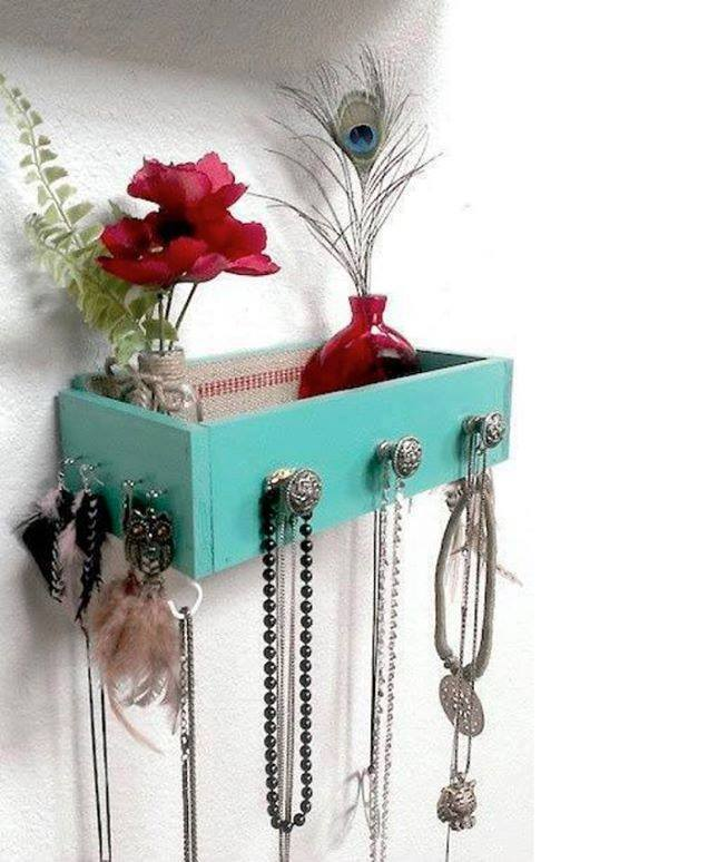 Best Idea To Use Old Drayer As Jewelry Storage