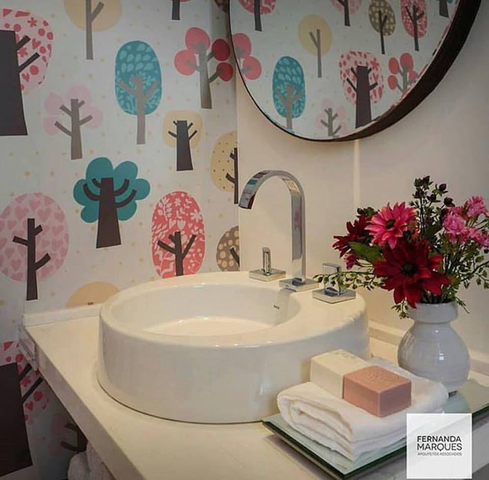 Kid bathroom decor
