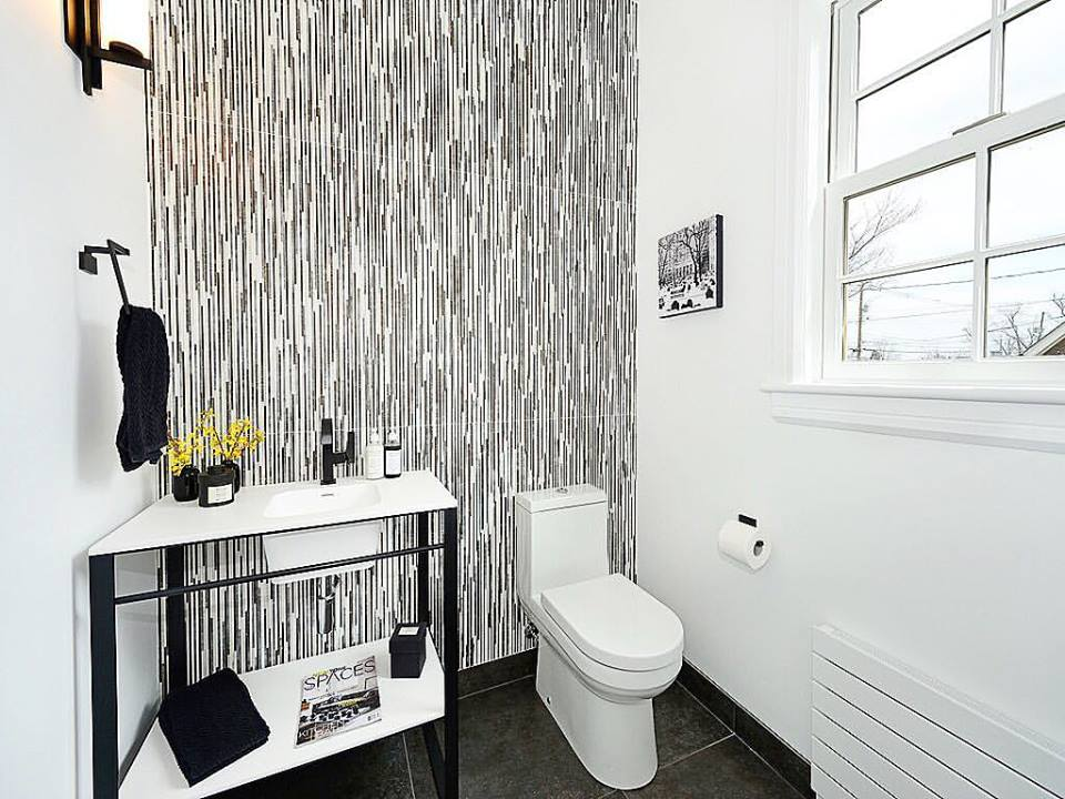 Dashing Black & White Tiles With White Vanity