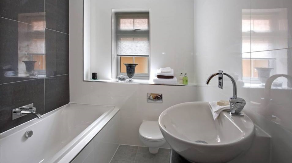 55 Hottest Contemporary Bathroom Ideas To Vow For