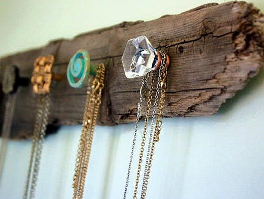 Easy DIY Jewellery Storage Idea