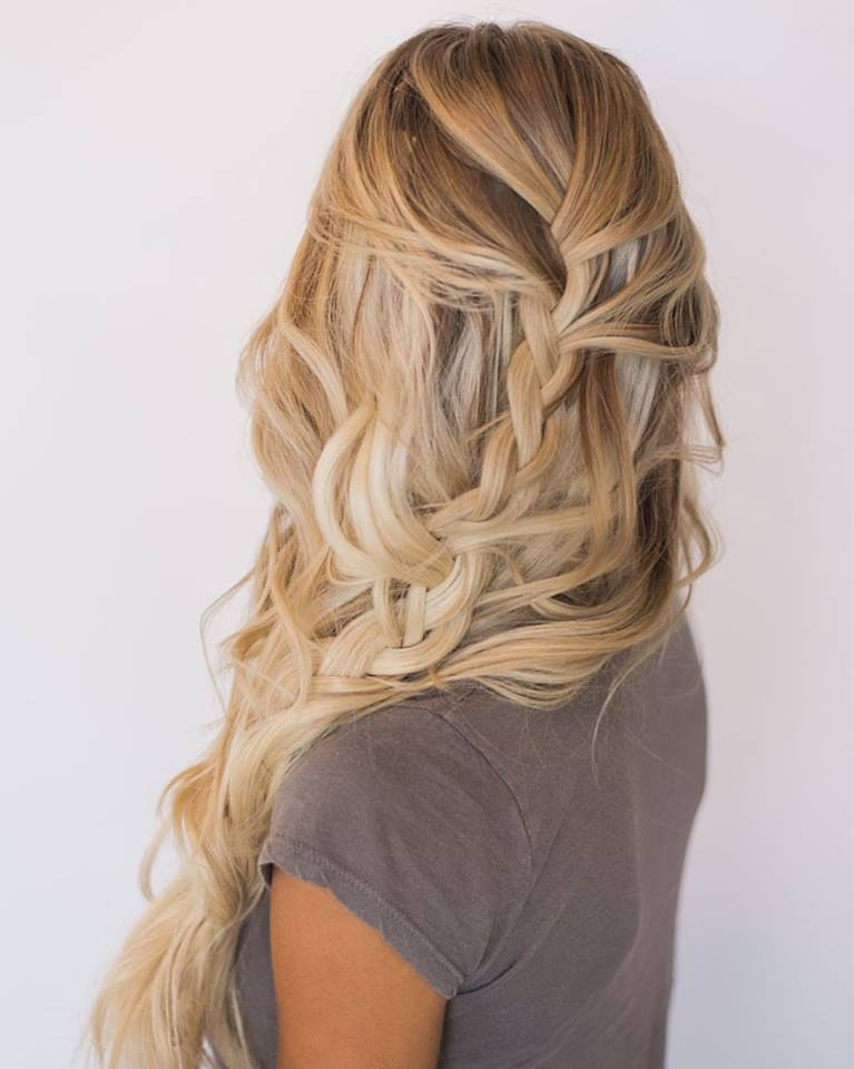 Exclusive Loose Side Braid