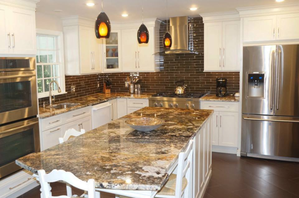 Granite Countertop In Modern Kitchen