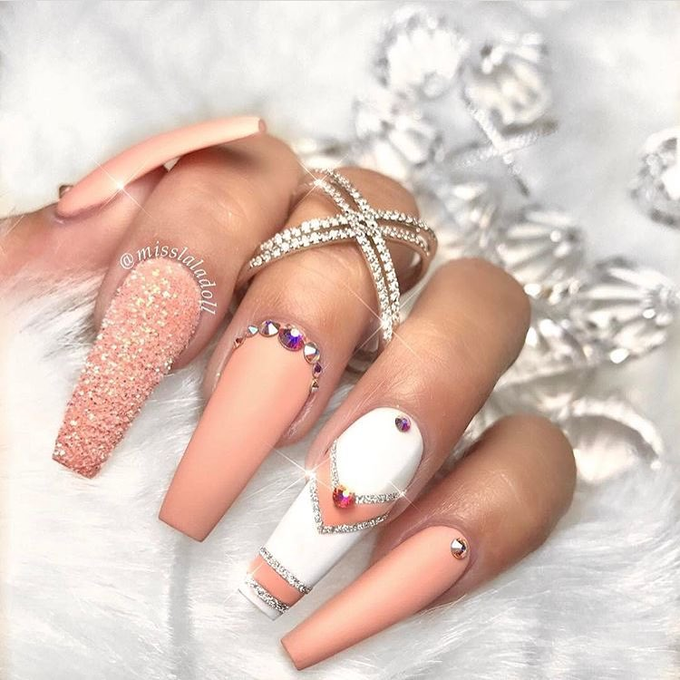 40 Lustrous Shimmer Nail Art For Gorgeous Nails