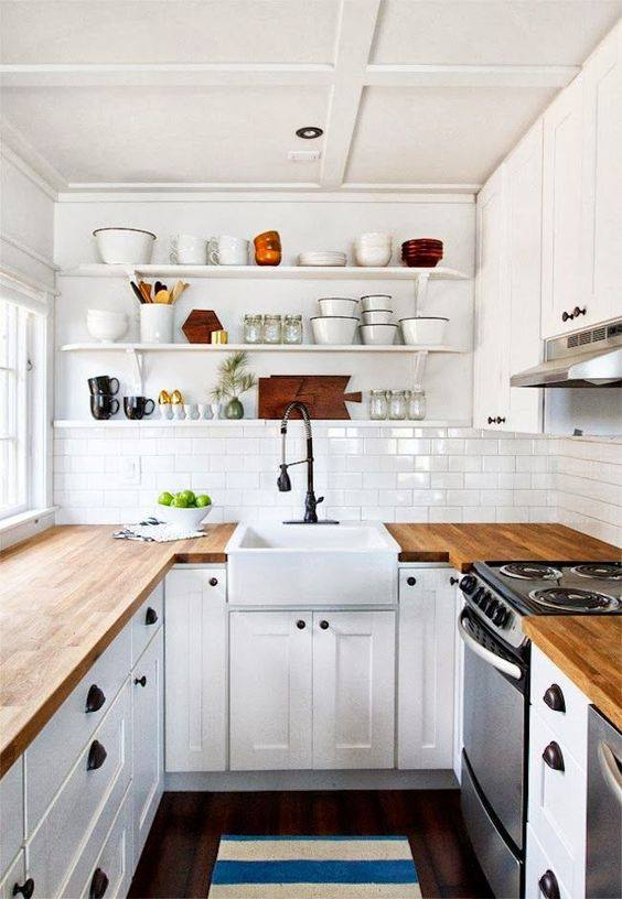 Pretty Wooden Countertop