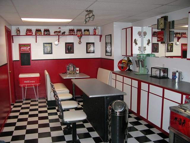 Red & White Adorable Retro Kitchen