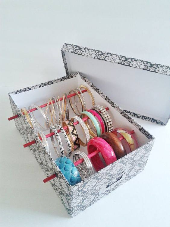 Simple Idea To Store Bangles