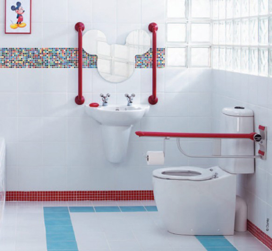 Simple Mickey Mouse Theme Kids Bathroom