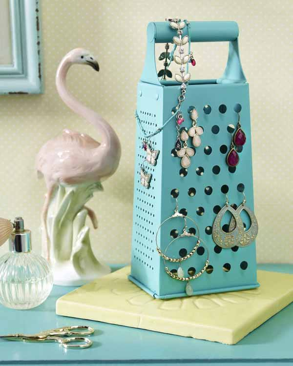 Smart Idea For Dangling Earring Storage