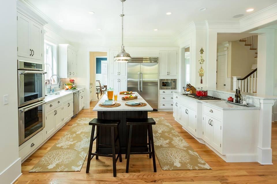 Unique Modern Retro Touch Kitchen With Colored Storage & Appliances