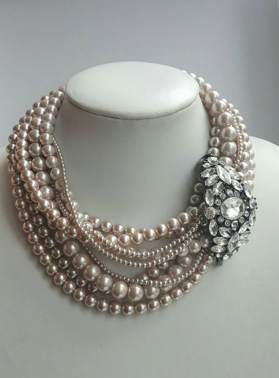 50+ Regal Pearl Necklace Ideas To Flaunt An Elegant Style Statement