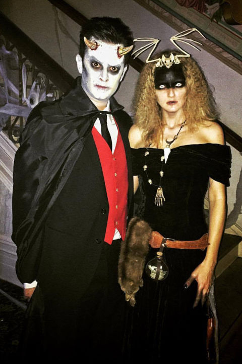 65+ Interesting Halloween Couple Outfits For The Couples To Have a ...