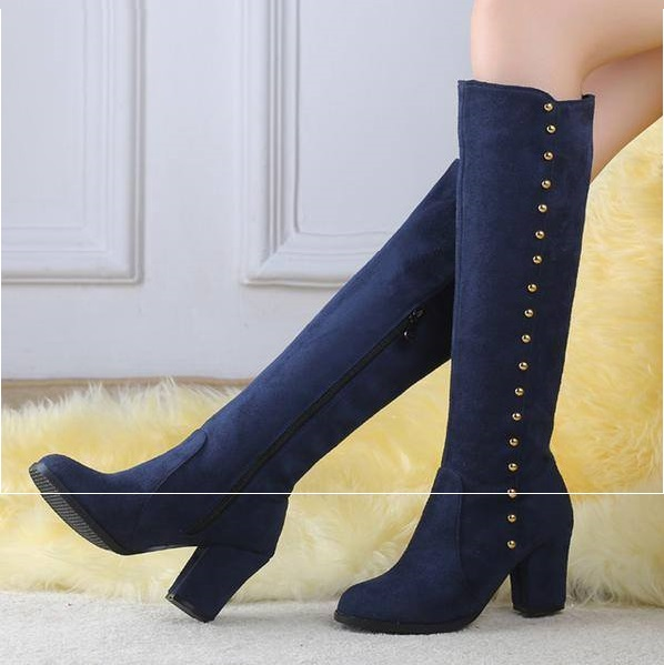41 Trendy Knee High Boots To Keep You Stylish Even During