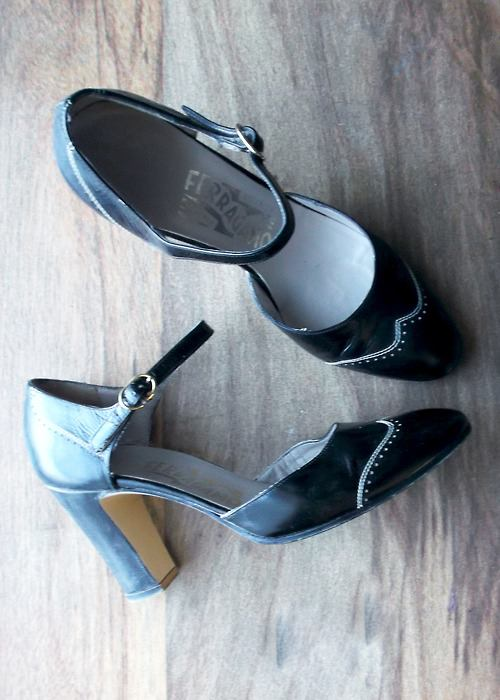 35 Trendy Spectator Heels That Can Be The Unique Footwear
