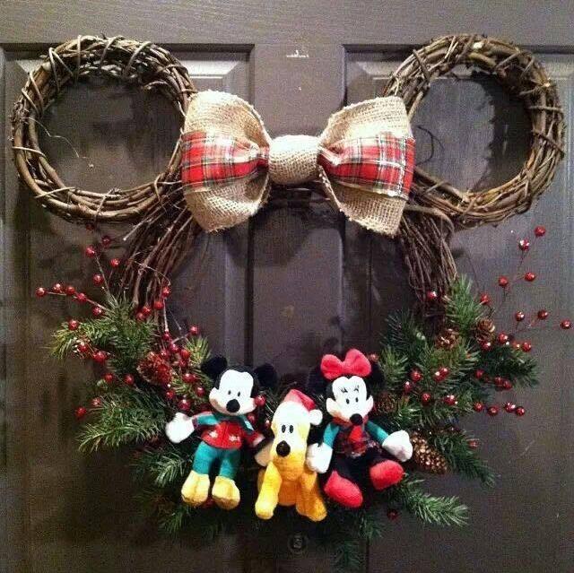 Cute Mickey Mouse Christmas Wreath