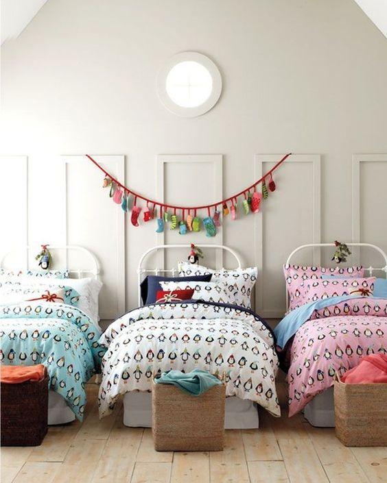 Hanging Xmas Lights For Kids Room Ideas