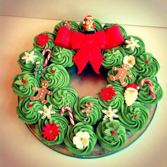 Excellent Christmas Cup Cake Design