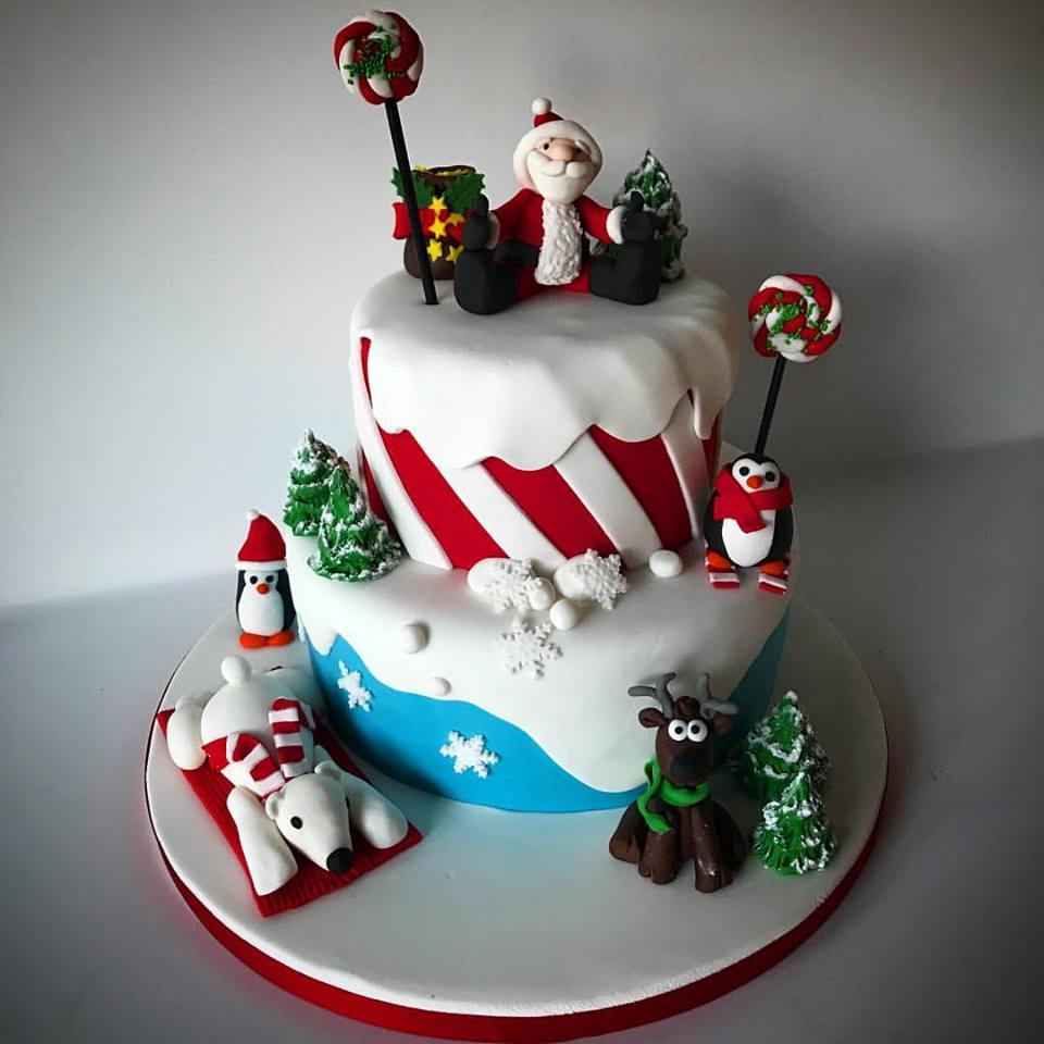 Eye Catching Christmas Cake With Santa, Snowman And Penguin