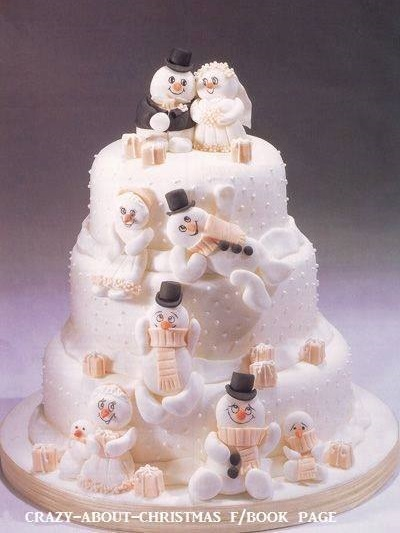 Lovely Christmas Wedding Cake
