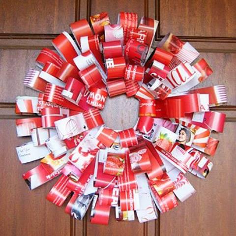 Nice DIY Magzine Christmas Wreath
